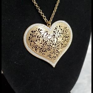 Goldtone laser cut type design•heart shaped•Bundle